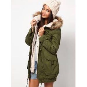 Fur collar green anorak jacket small lined